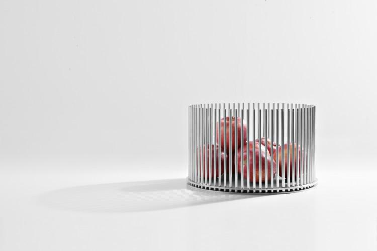 mist-o prisoner 01